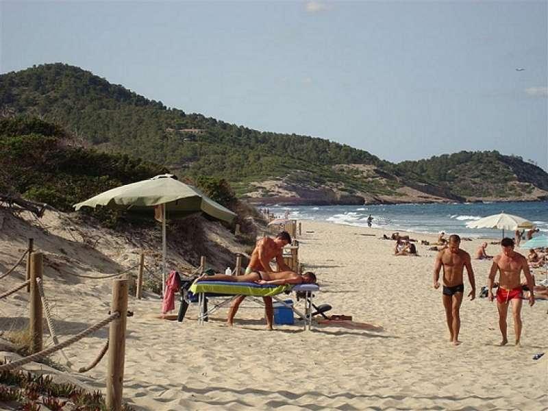 gay cruise spots in valencia