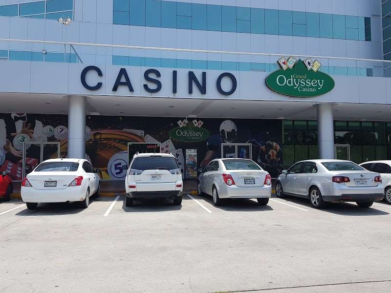 Alcohol gambling addiction link